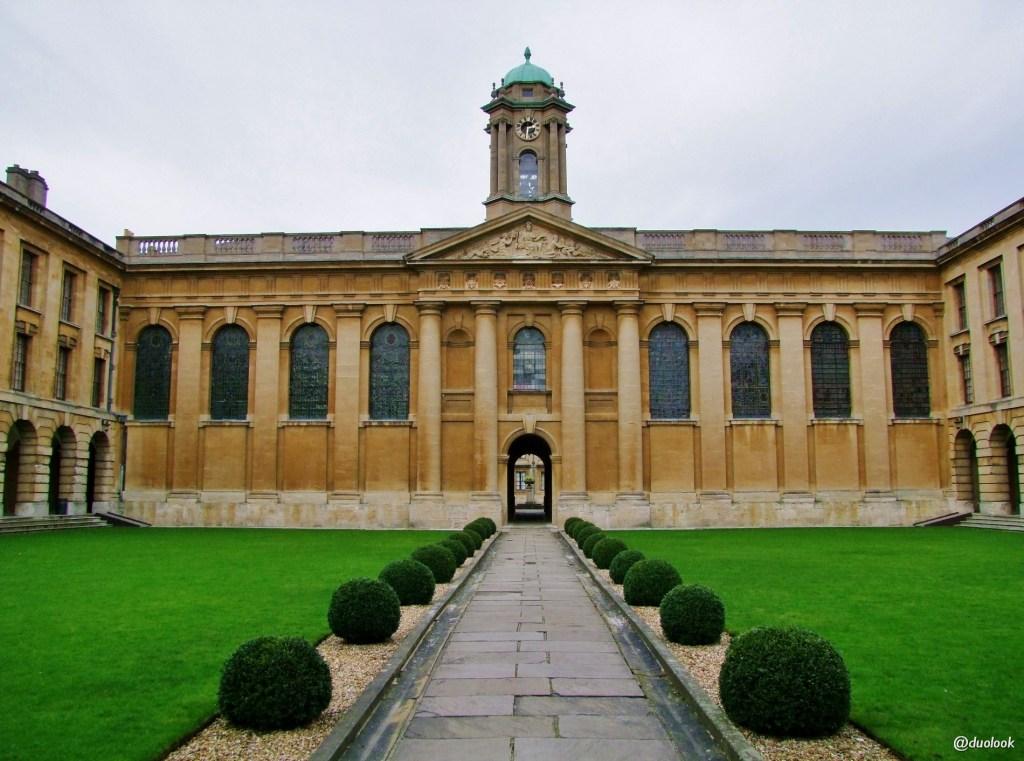 zwiedzanie oksfordu queens college