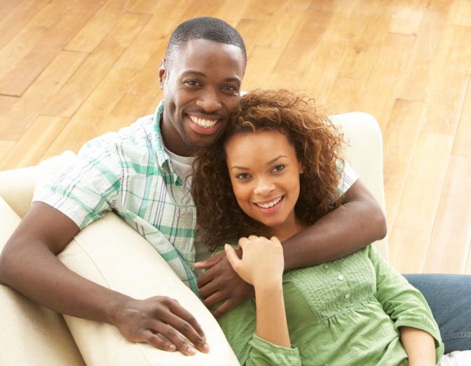 120002144-Happy-couple