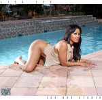 lisa-lee-pool-iceboxstudio-dynastyseries-07