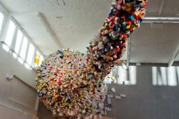 Art_Installation_Plastic_Bottles_01