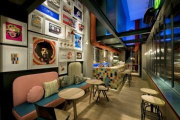 re-cafe-and-bar-by-minas-kosmidis-01