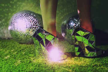 Invisible shoes by Andreia Chaves - 01