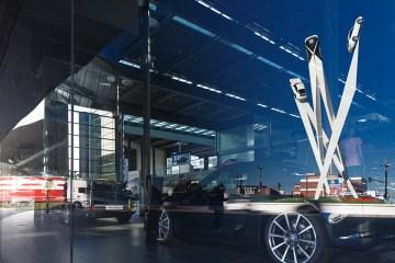 Porsche Installation by artist Gerry Judah - 01