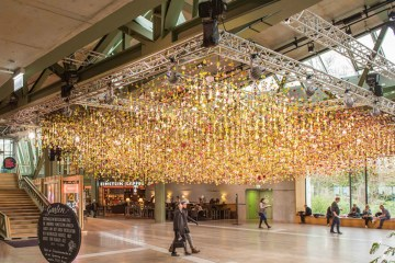 Spring garden installation by Rebecca Louise Law at Bikini Berlin Concept Mall - 01