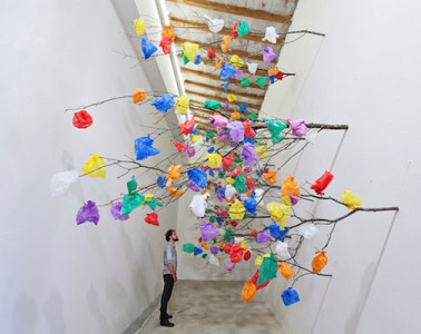 plastic-tree-c-installation-art-dubai-01