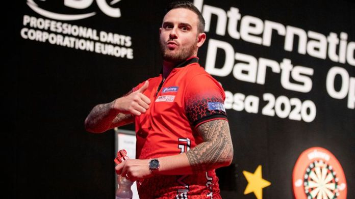 Joe Cullen claimed a second title of the year to win the fifth day of action at the Winter Series