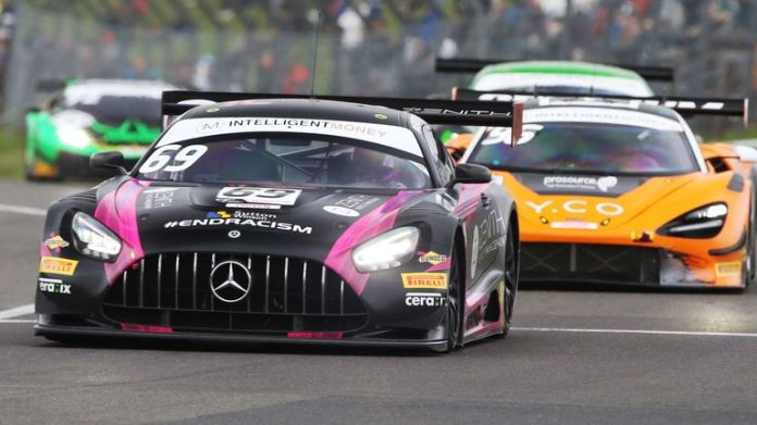 Sam De Haan and Patrick Kujala hold the GT3 lead, but can they hang on?