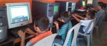 Computer classes at the VETC in Colonia Santa Fe of Guatemala City