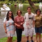Eu, tia Júnia, Lauro (meu irmão) e tia Lillian
