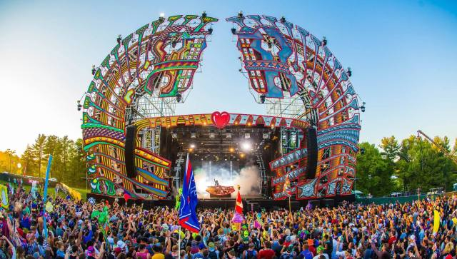 Mysteryland-2015-Unites-States-crowd-3