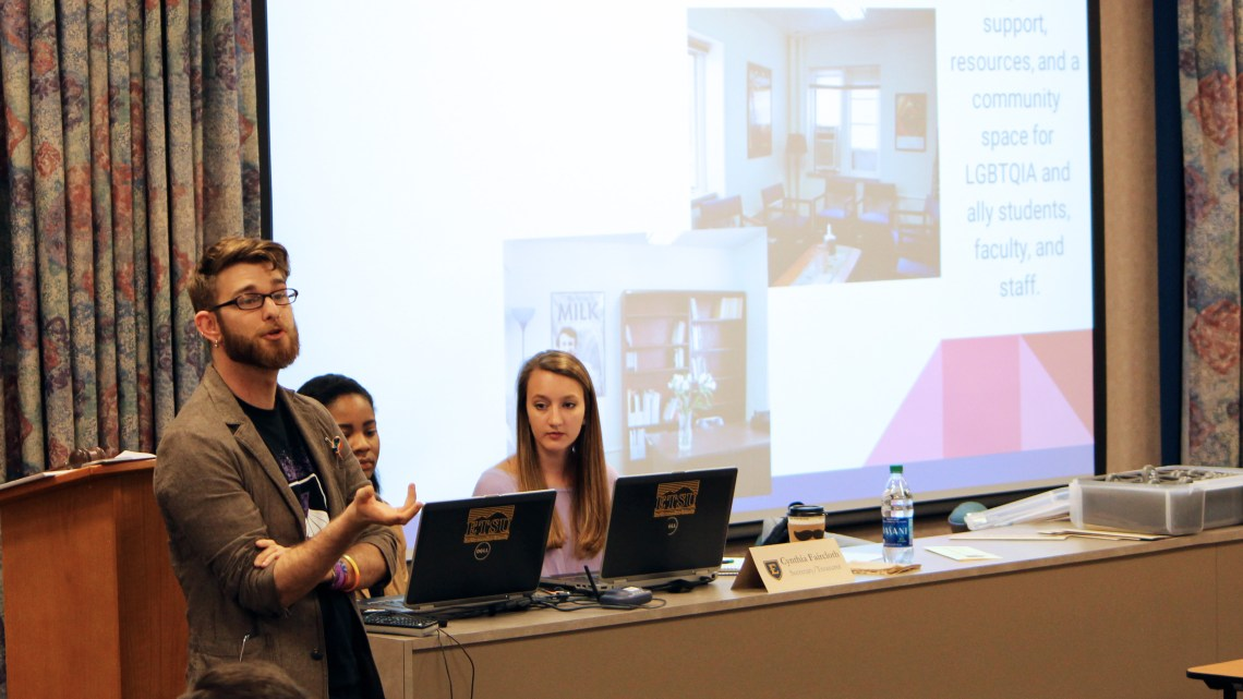 HEROES President Ben Schaller presented the organization's new office to the SGA Senate on Tuesday night. (Photograph by Heath Owens)