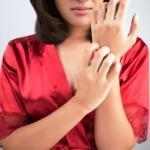 Sensitive Skin: Diet Changes, Ayurvedic Remedies, Medicines