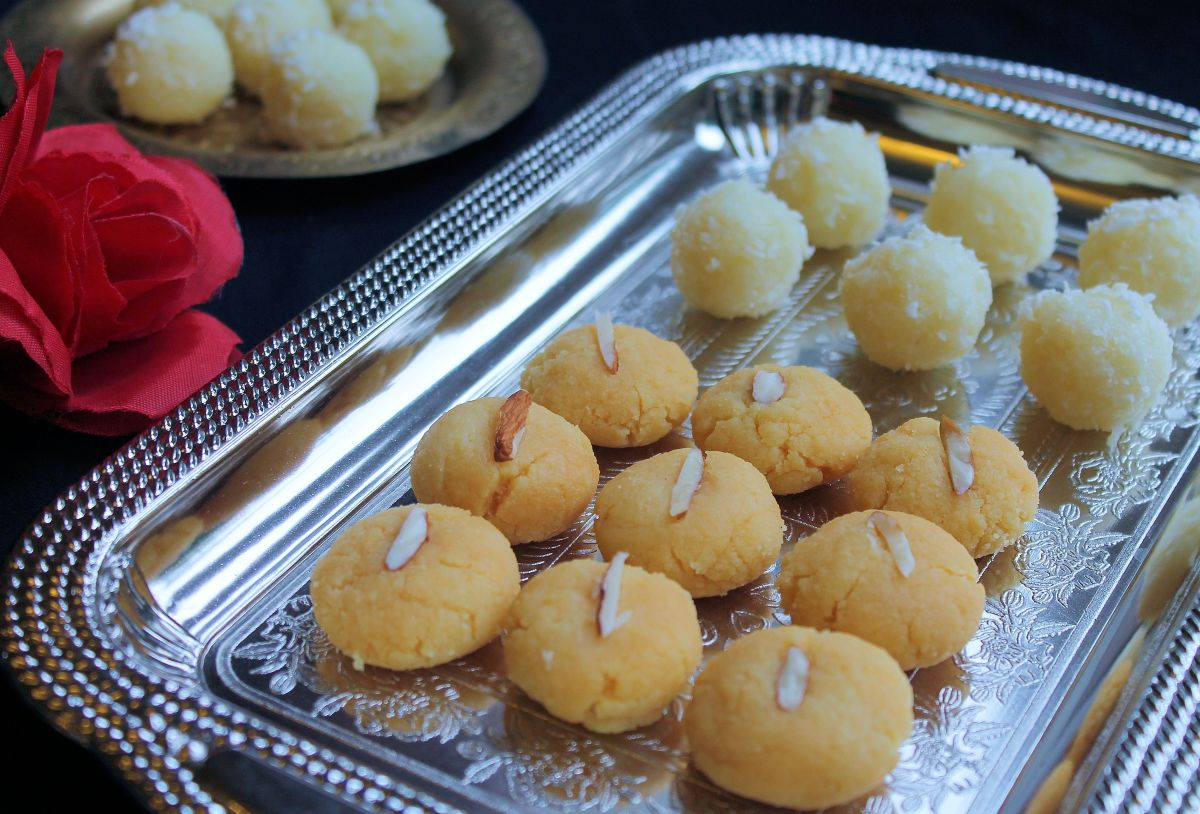 3 Minute Sweet Dish for Diwali - Peda