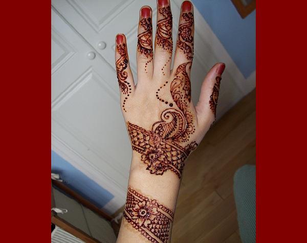Arabic-Mehndi-Designs-For-Hands-3