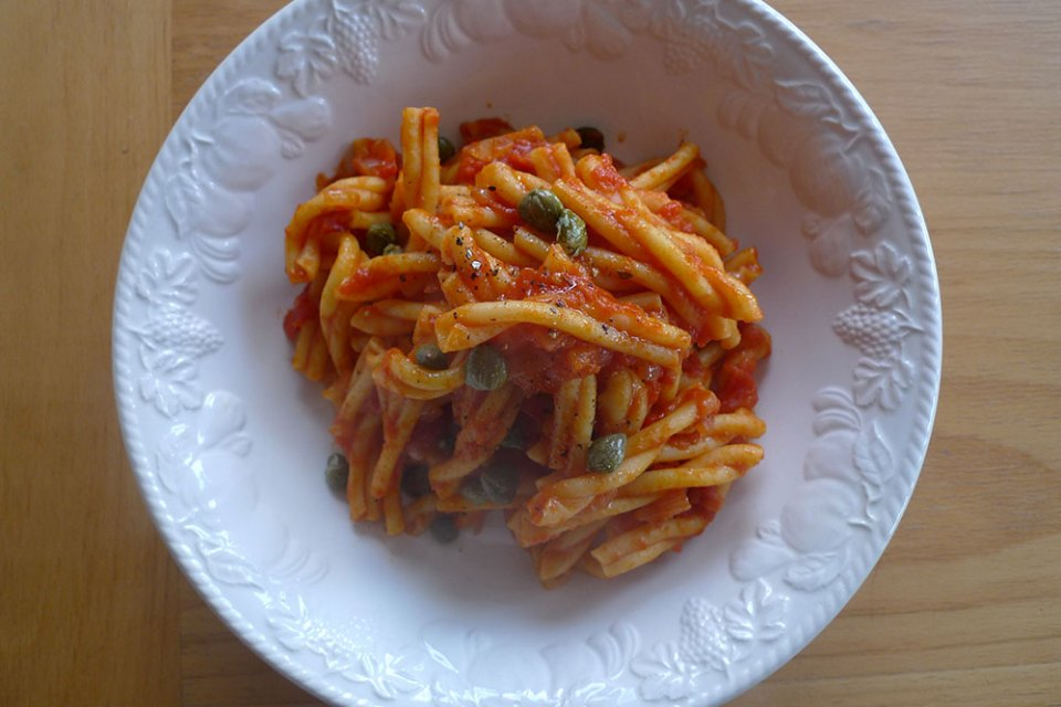 Tomato sauce with capers. Easy. Good!