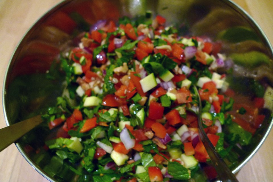 Turkish spoon salad is healthy and crunchy.