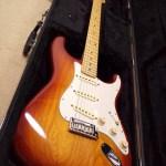 Fender の American Standard Stratocaster をゲットした