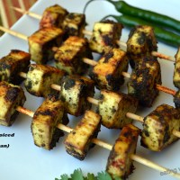 Marinated and Spiced Tofu Kebabs for Diabetic Friendly Thursdays (gluten-free, vegan)