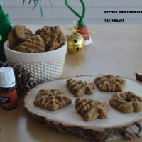Spicy Molasses Cookies For Santa (GF, vegan, no refined sugar)