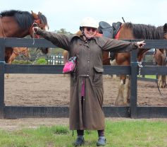 Horseback-winery-tour-mornington-peninsula-1