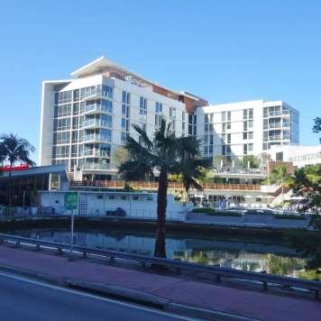 Continetnal Miami