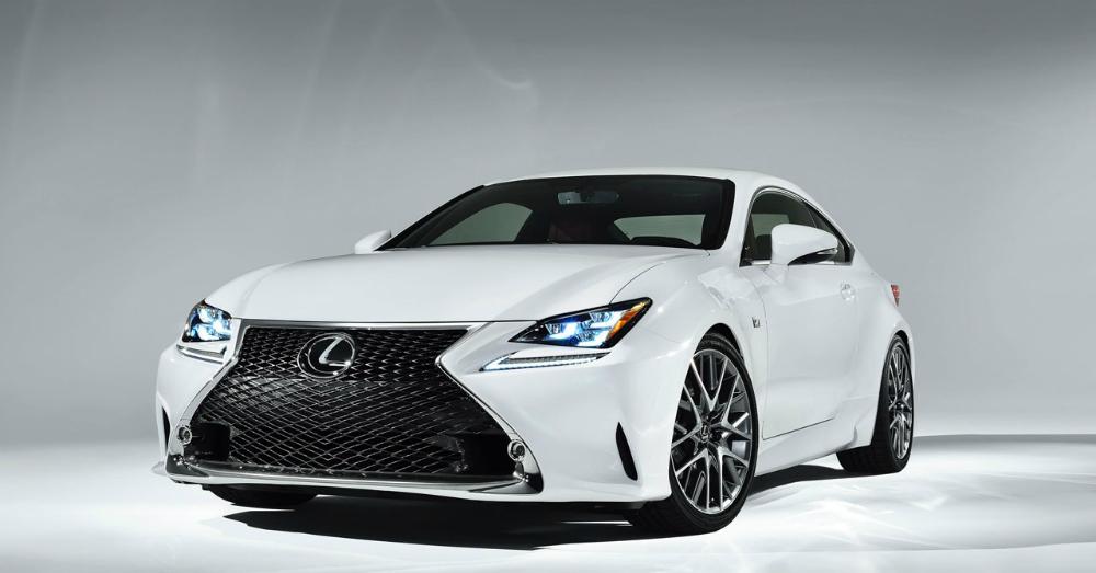 2016 White Lexus ES
