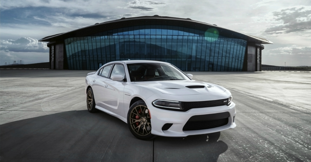 01.02.16 - 2015 Dodge Charger SRT Hellcatat