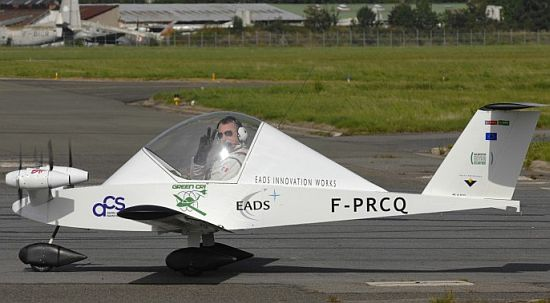 eads all electric cri prototype airplane 2