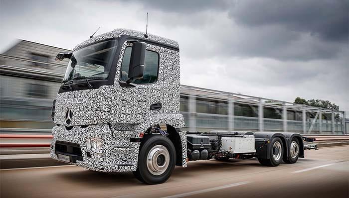 Urban eTruck, el camión eléctrico de Mercedes cero emisiones y silencioso