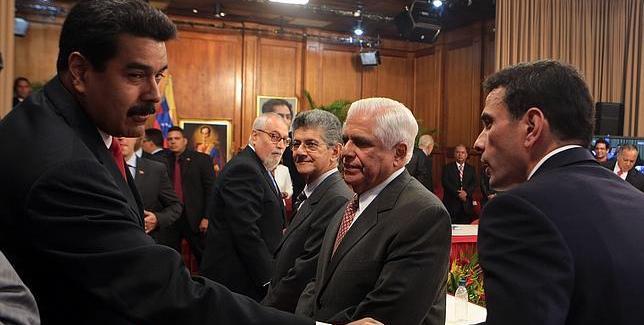 La oposición venezolana arrasa