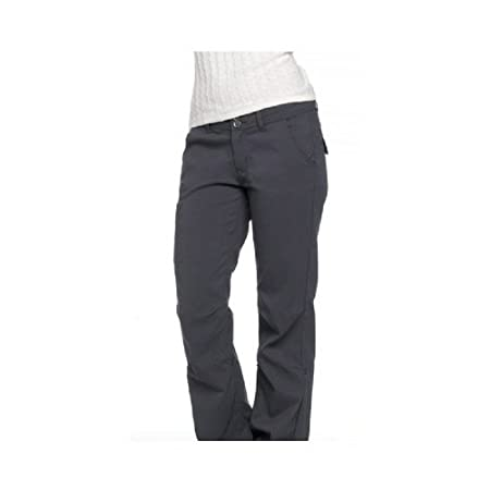 Durable, moisture managing, water resistant and reinforced at the knees, the versatile Halle Pant is prepared for mountain hikes, desert bouldering and anything else you can throw at it. Your imagination will limit you before the Halle ever does.