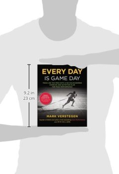 Livres Couvertures de Every Day Is Game Day: Train Like the Pros With a No-Holds-Barred Exercise and Nutrition Plan for Peak Performance