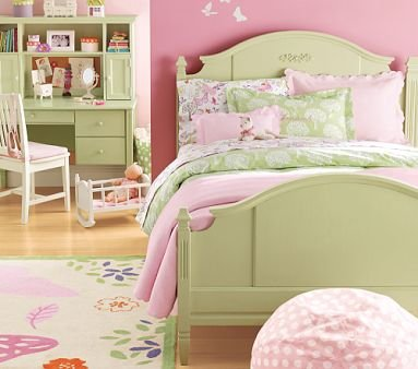 Image of Pottery Barn Kids Madeline Bedroom Set (B001D7ZT46)
