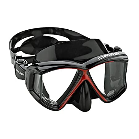 The popular Four-Lens Design of the Panoramic Mask gives Divers and snorkeler's a Spacious Open Feeling and provides Excellent Peripheral Vision. High-Quality Construction begins with a Rugged Polycarbonate Frame and includes a Soft Silicone Rubber D...
