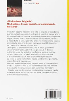 Livres Couvertures de Rondini d'inverno. Sipario per il commissario Ricciardi