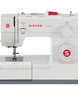 Singer Classic 23-Stitch Heavy-Duty Mechanical Sewing Machine, 44S