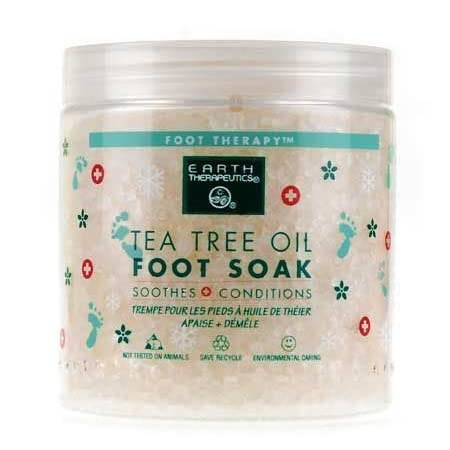A soothing therapeutic soak for tired, aching feet. This natural herbal blend contains the antiseptic, deodorizing, and healing properties of natural Tea Tree Oil to condition feet. Wild mint stimulates blood circulation to refresh and revive. Minera...