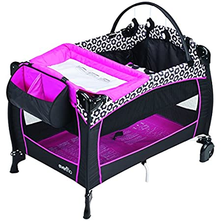 The Evenflo Portable BabySuite Deluxe offers parents convenient space for Baby Care and Play. The new fashions and long list of amenities keep baby comfortable and look great doing it. The Rotate-to-Store changer and Full Size Bassinet keep baby's sp...