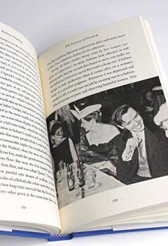 Livres Couvertures de Fashion Climbing: A Memoir with Photographs