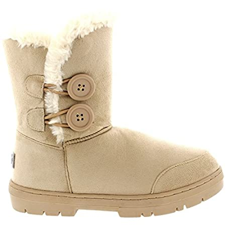 The button detailed fur boot is iconic and a timeless classic. This classic short versions features two buttons on each boot with elastic-band closures. Thick fur lined throughout the boot which is also featured along the top. The outsole is light, f...