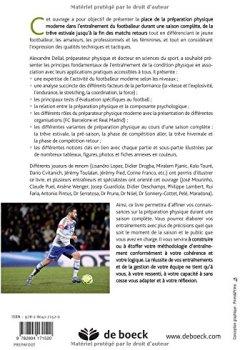 Livres Couvertures de Une saison de préparation physique en football
