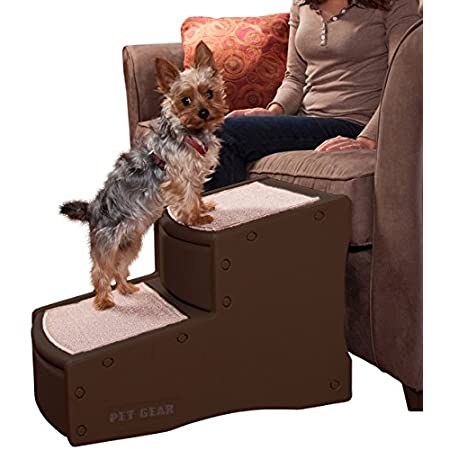 The Pet Gear Easy Step Pet Stair has wide, deep steps to give smaller dogs the ability to get their entire body on each platform and large dogs the ability to comfortably climb the stairs. The innovative incline of each step reduces the amount of sta...