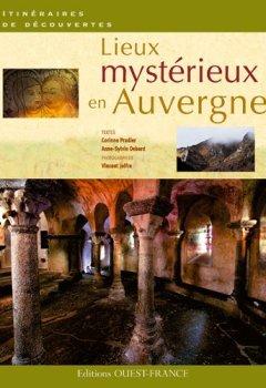 Livres Couvertures de Lieux mystérieux en Auvergne