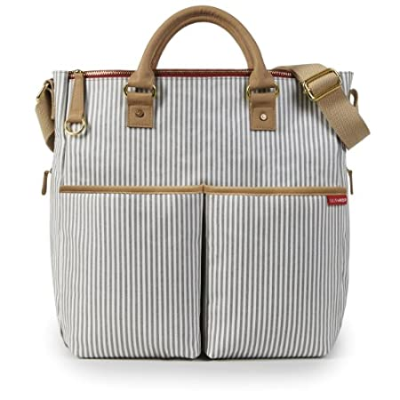 Skip Hop Duo Limited Edition - French StripeThis modern design boasts all of the features of the classic Duo with a contemporary pattern. As with every Duo Diaper Bag, a changing pad is included for on-the-go convenience. Zip closures on both the ext...