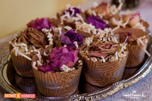 Shirley-Bovshow-dried-roses-in-muffin-tins-edenmakersblog
