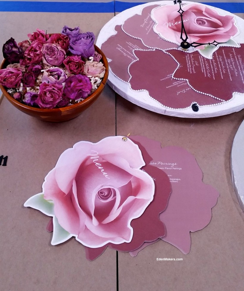 rose-shaped-menu-crown-media-tca-dinner-event-2015-edenmakers-blog