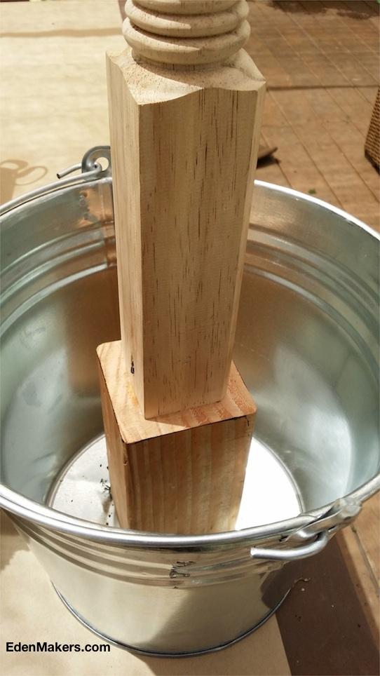 galvanized-bucket-table-leg-for-living-wedding-luminary-edenmakers-blog