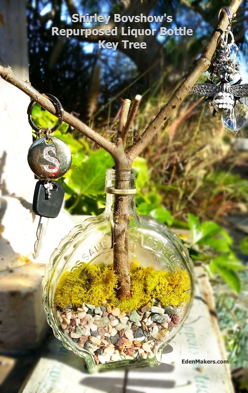 liquor-bottle-repurposed-key-holder-tree-garden-craft-edenmakers-blog