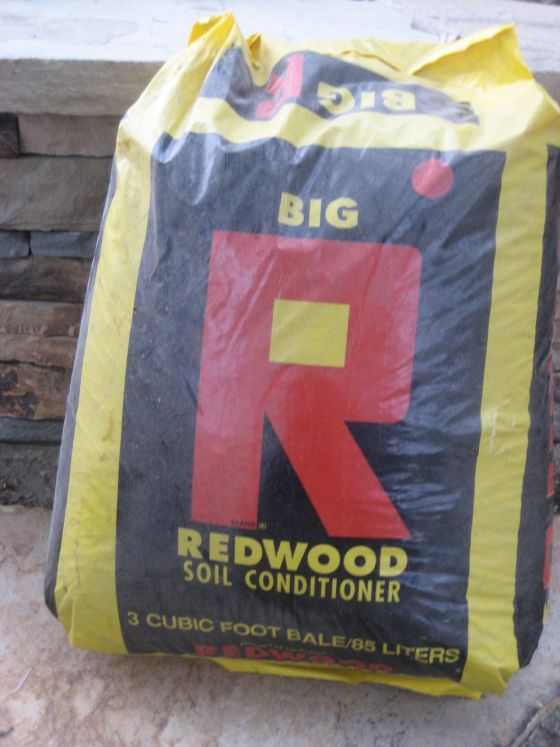 redwood soil conditioner mulch