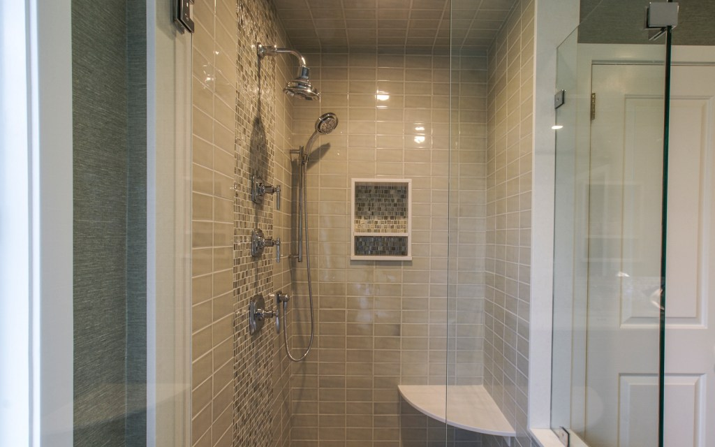 Ed-Ensign-Contracting-Bathrooms-16x10-04